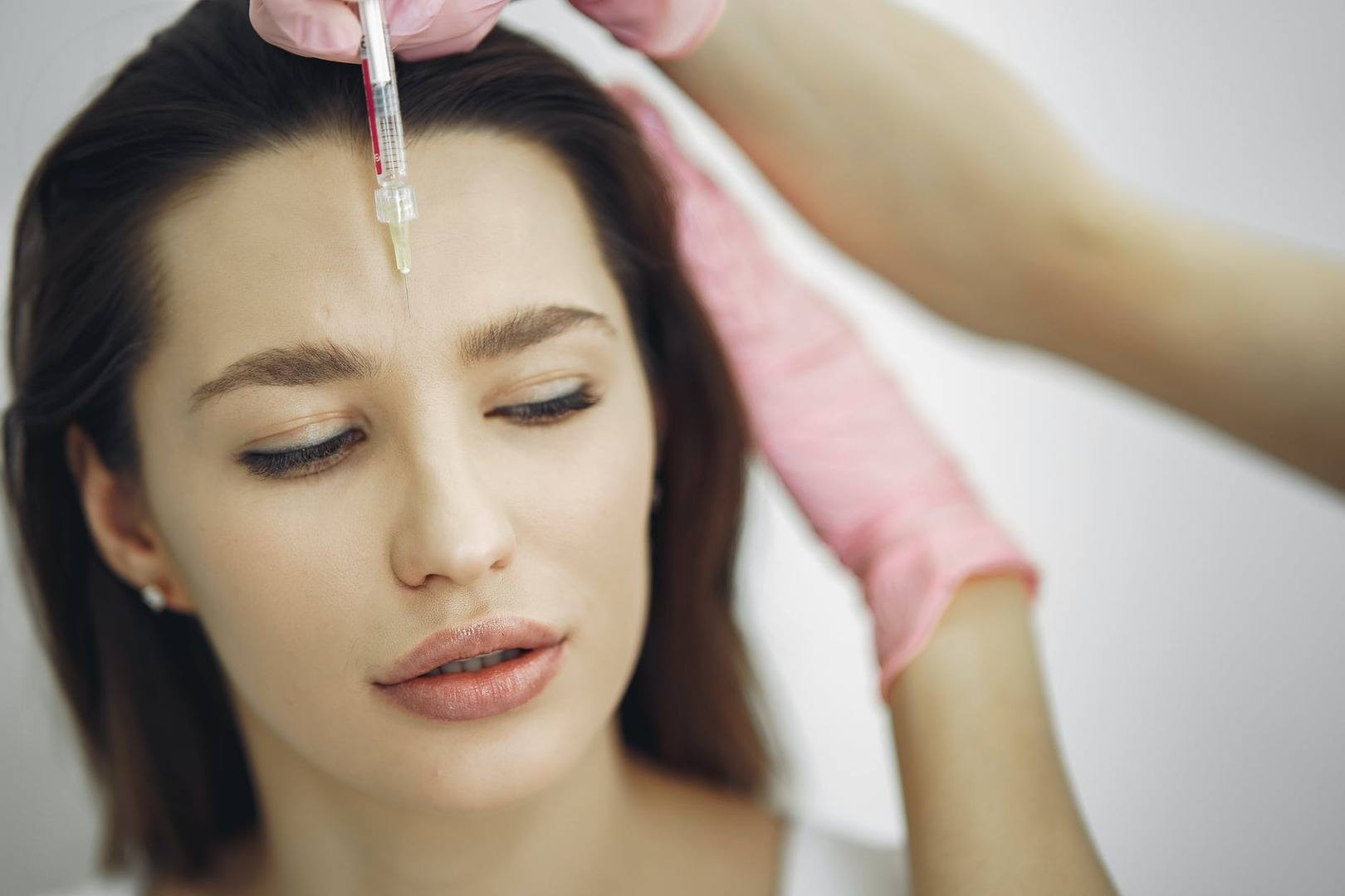 Botox vs Fillers: Understanding The Difference